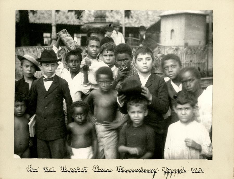 MS 3196, Box 377, Photo 26. In the Market Place. Maranham. Brazil 1893. J.Benjammin Stone. Negative No. 1790
